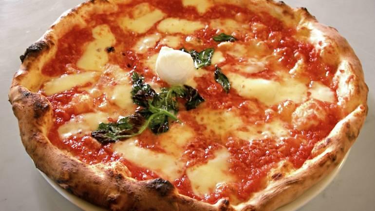 ROSATO ROSÈ e Pizza